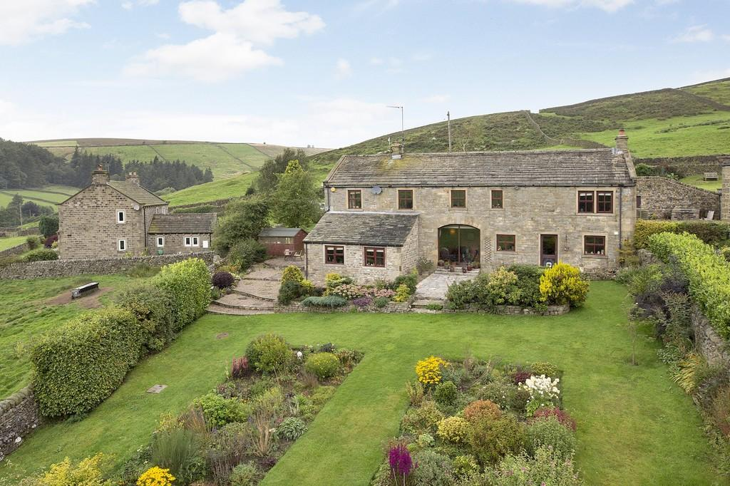 4 Bedrooms Detached House for sale in White House Barn, Skyreholme