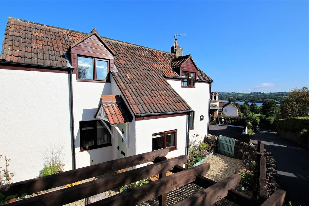 2 Bedrooms Cottage House for sale in Station Road, Blagdon