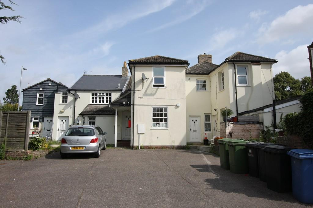 10 Bedrooms Town House for sale in Cornard Road, Sudbury