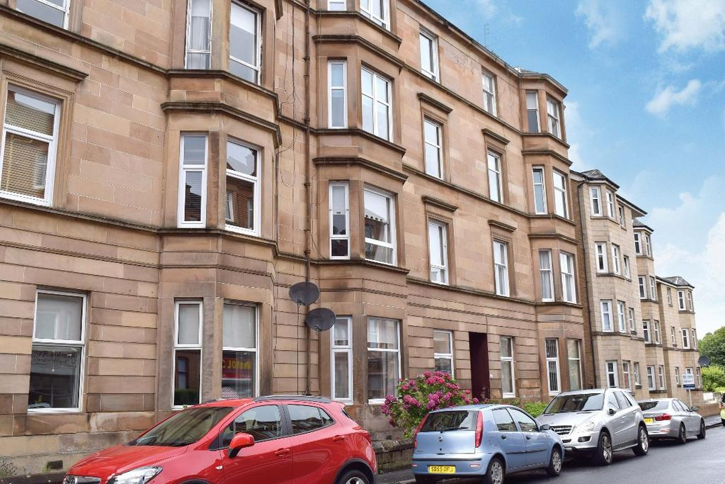 2 Bedrooms Flat for sale in Old Castle Road, Flat 0/1, Cathcart, Glasgow, G44 5TE