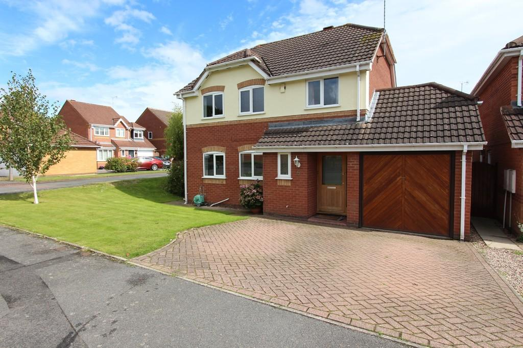 4 Bedrooms Detached House for sale in Oakhall Drive, Dorridge