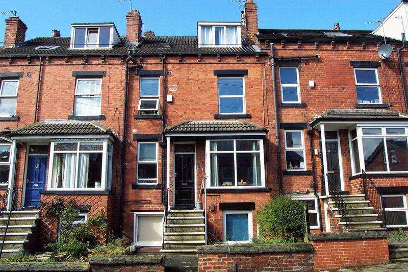 5 Bedrooms Terraced House for sale in Beechwood Terrace, Leeds