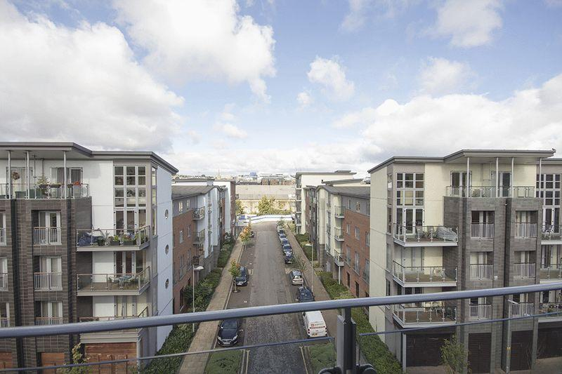 2 Bedrooms Apartment Flat for sale in Willbrook House, Ochre Yards