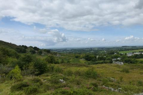 Land for sale - Clwt Y Bont