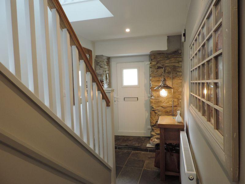 2 Bedrooms Cottage House for sale in Carnon Downs, Truro