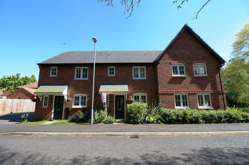 3 Bedrooms Terraced House for sale in College Way, Eastham