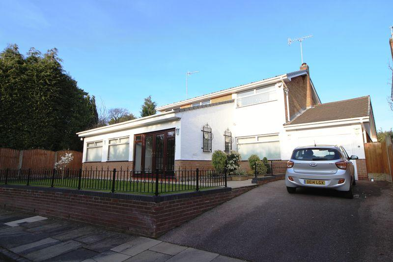 4 Bedrooms Detached House for sale in Kilmalcolm Close, Prenton