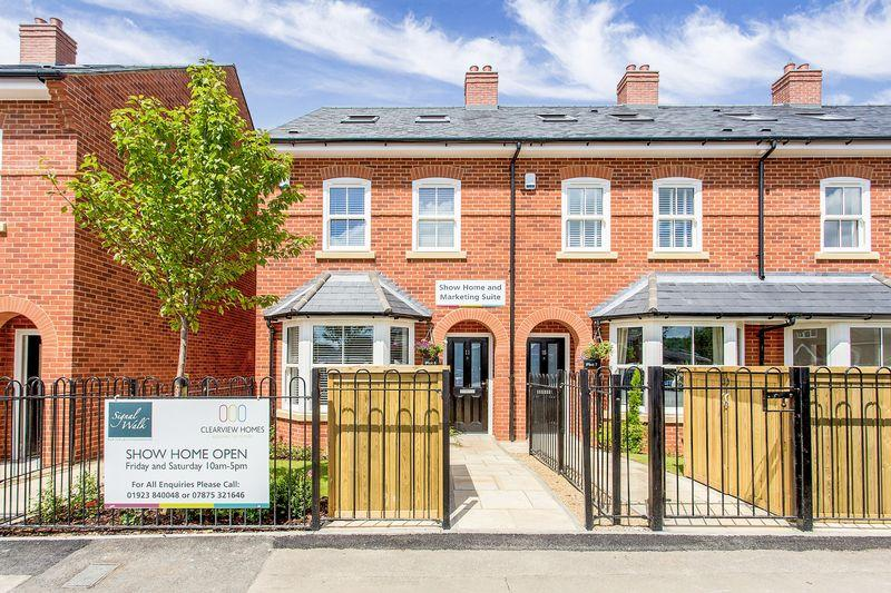 3 Bedrooms Terraced House for sale in Station Approach, Marlow Only Two Homes Remaining