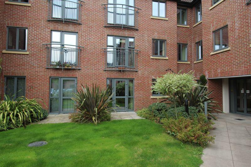 1 Bedroom Apartment Flat for sale in Jebb Court, Ellesmere