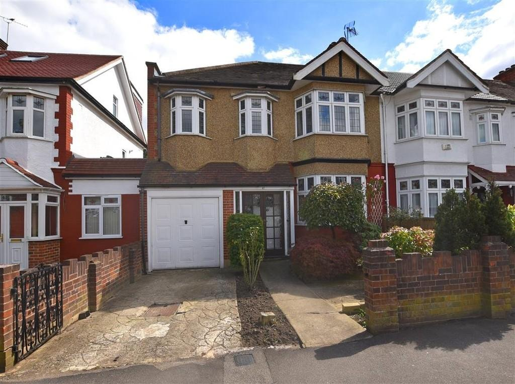 4 Bedrooms Semi Detached House for sale in Elmcroft Avenue, Wanstead