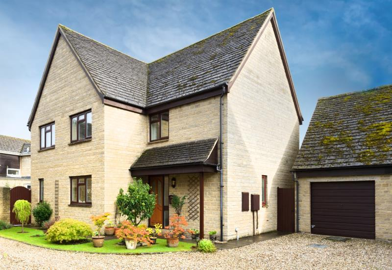 4 Bedrooms Detached House for sale in Orchard Close, Cassington, Witney, Oxfordshire