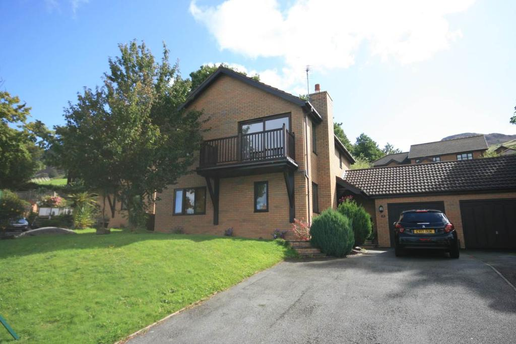 4 Bedrooms Detached House for sale in 19 Parc Moel Lus, Penmaenmawr, LL34 6DN