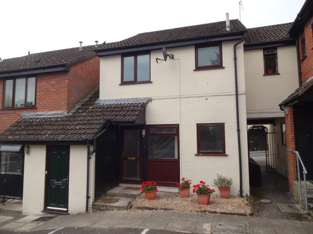 1 Bedroom Cluster House for sale in Oakfield Court, Blandford Forum DT11