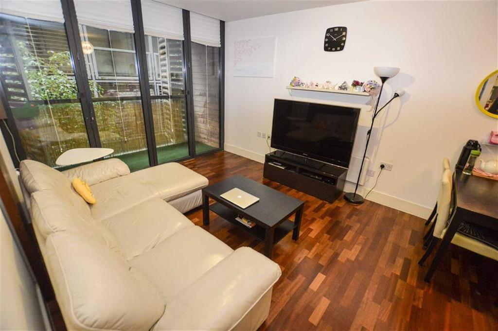2 Bedrooms Apartment Flat for sale in Burton Place, Castlefield, Manchester, M15