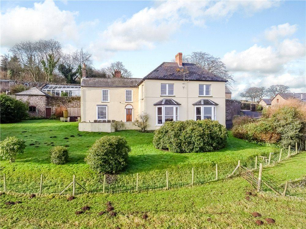 5 Bedrooms Detached House for sale in Welsh Newton Common, Monmouth, Herefordshire, NP25