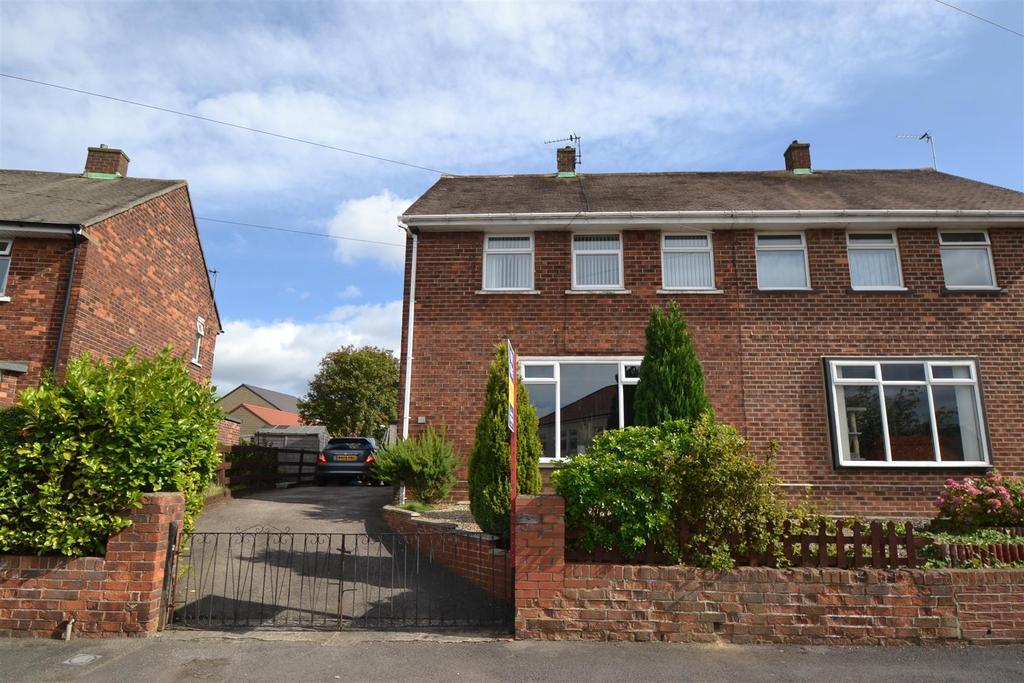 2 Bedrooms Semi Detached House for sale in Tudhoe Moor, Spennymoor