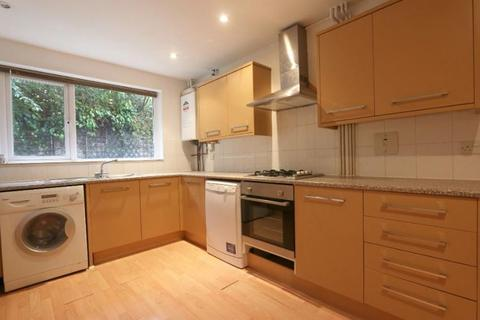 4 bedroom terraced house to rent - Westferry Road, London E14
