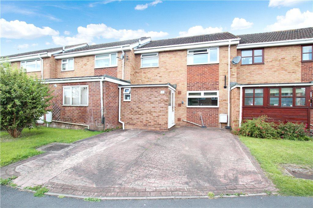 3 Bedrooms Terraced House for sale in Bluebell Close, Malvern, Worcestershire, WR14
