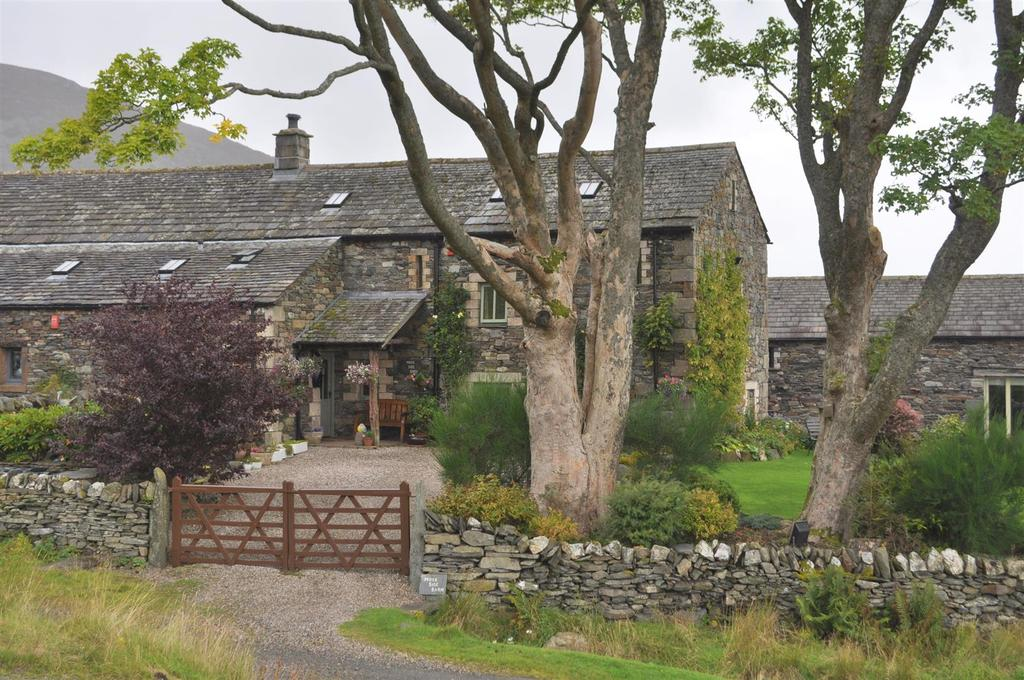 3 Bedrooms Barn Conversion Character Property for sale in Mosedale, Penrith
