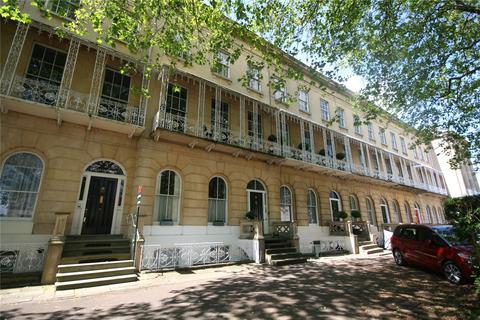 2 bedroom apartment to rent - Queens Parade, Cheltenham, Gloucestershire, GL50
