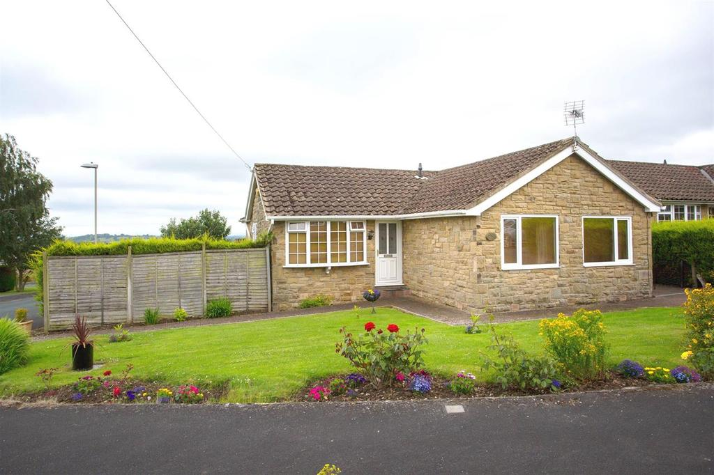 3 Bedrooms Detached Bungalow for sale in Beech Drive, Kirkbymoorside