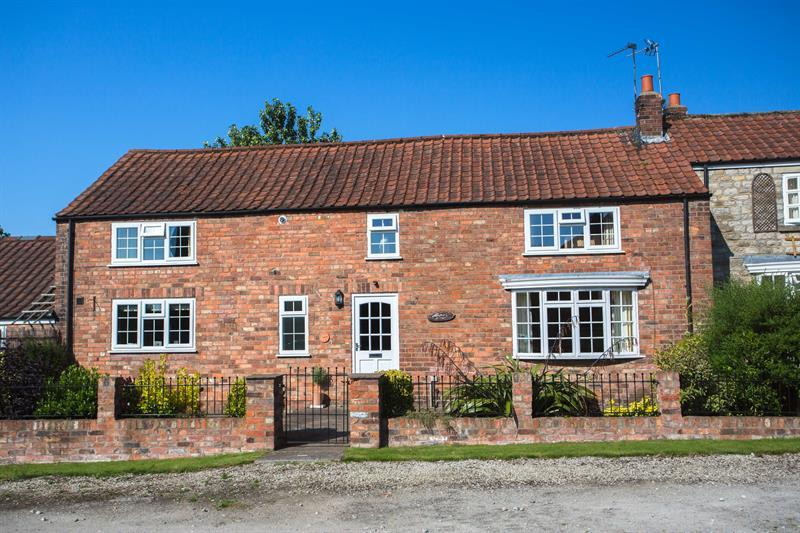3 Bedrooms Barn Conversion Character Property for sale in 2 Westville Mews, Kirkbymoorside