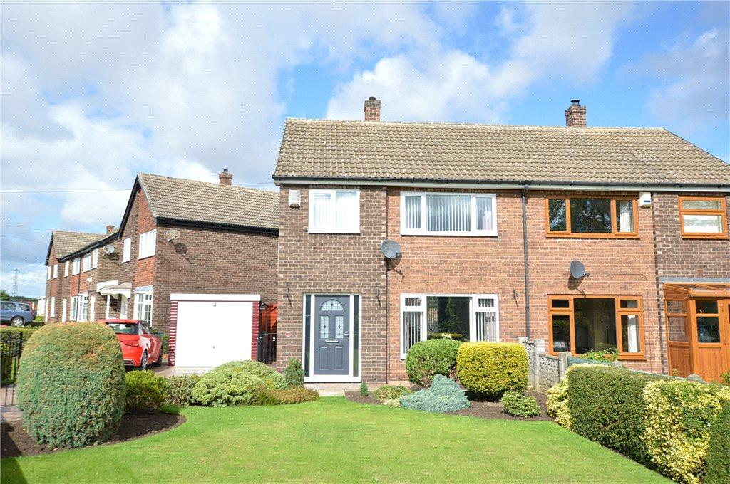 3 Bedrooms Semi Detached House for sale in St. Helens Drive, Micklefield, Leeds, West Yorkshire
