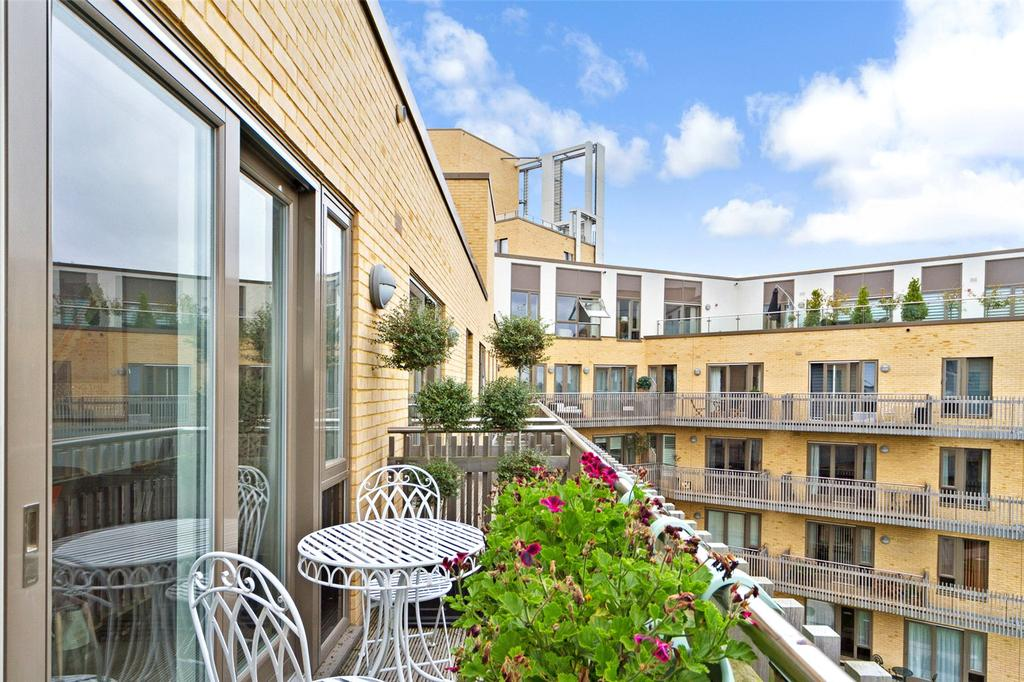 2 Bedrooms Flat for sale in Marque House, 143 Hills Road, Cambridge