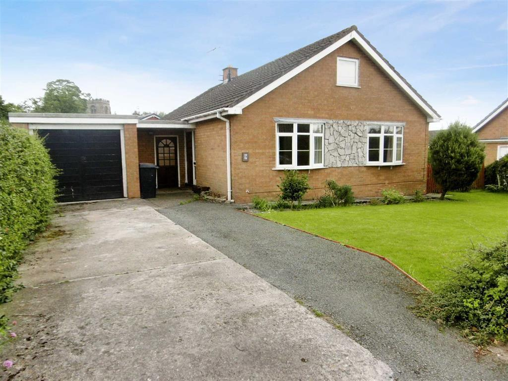 3 Bedrooms Detached Bungalow for sale in 9, Berwyn Drive, St Martins, Oswestry, Shropshire, SY11