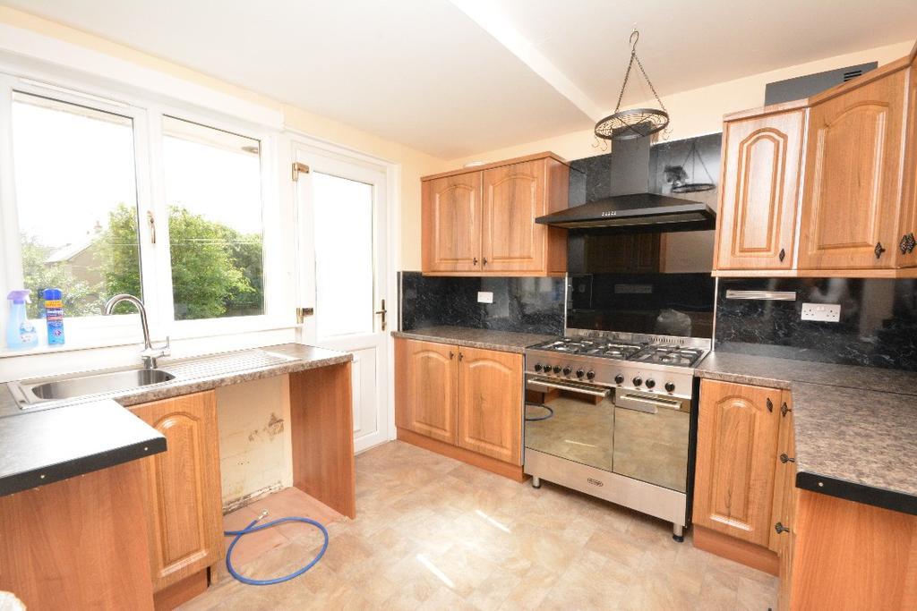 3 Bedrooms Flat for sale in Glasgow Road, Camelon, Falkirk, Falkirk, FK1 4JA