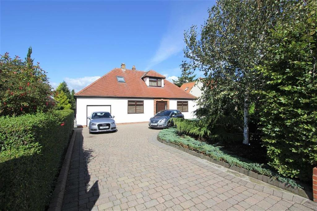 4 Bedrooms Detached House for sale in Garbutts Lane, Hutton Rudby