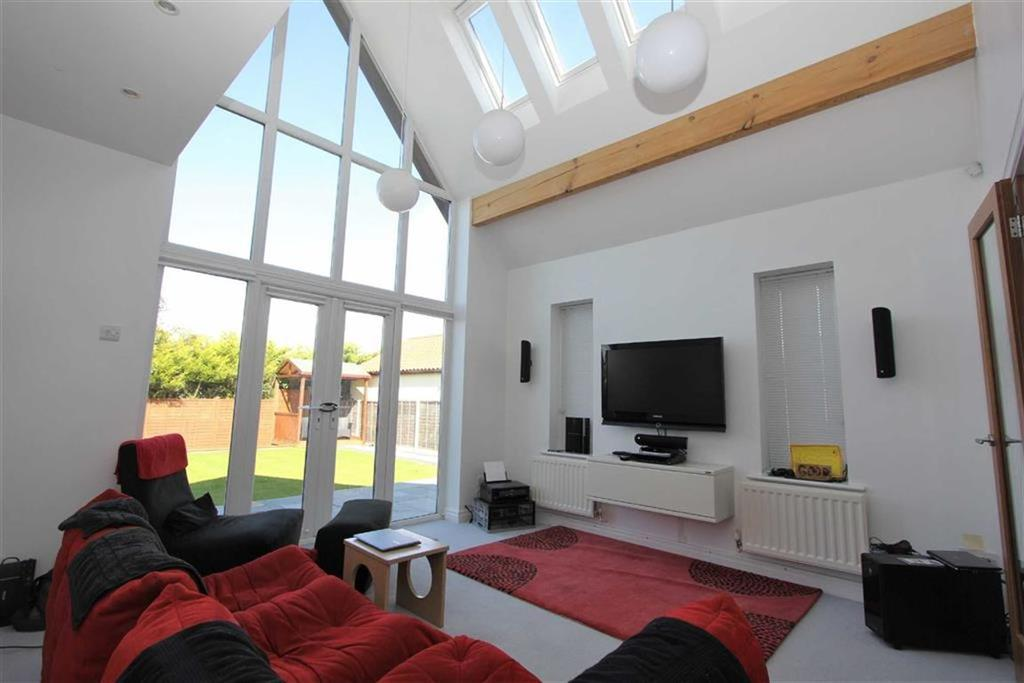 4 Bedrooms Detached Bungalow for sale in Garbutts Lane, Hutton Rudby