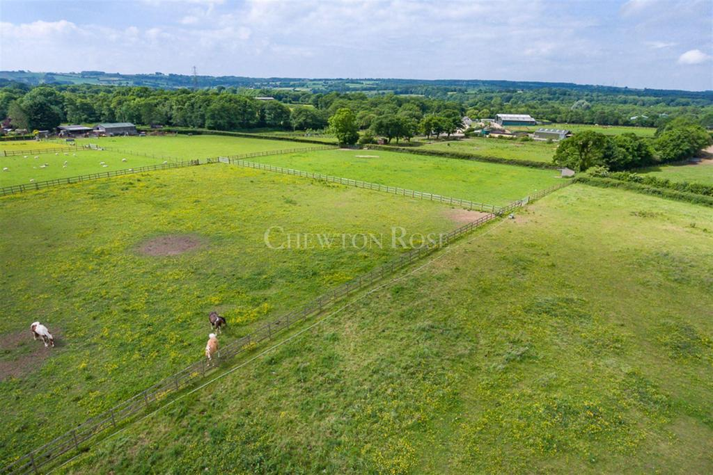 Land Commercial for sale in Peterson-Super-Ely