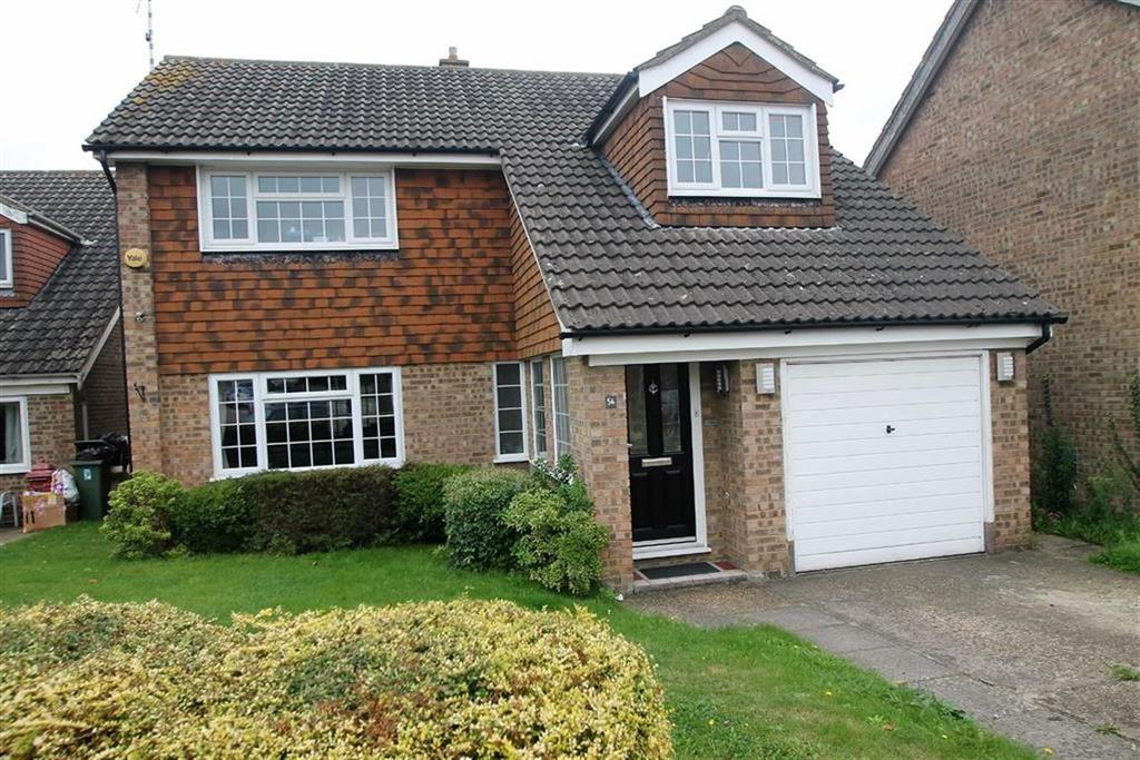 4 Bedrooms House for sale in Collins Way, Leigh On Sea