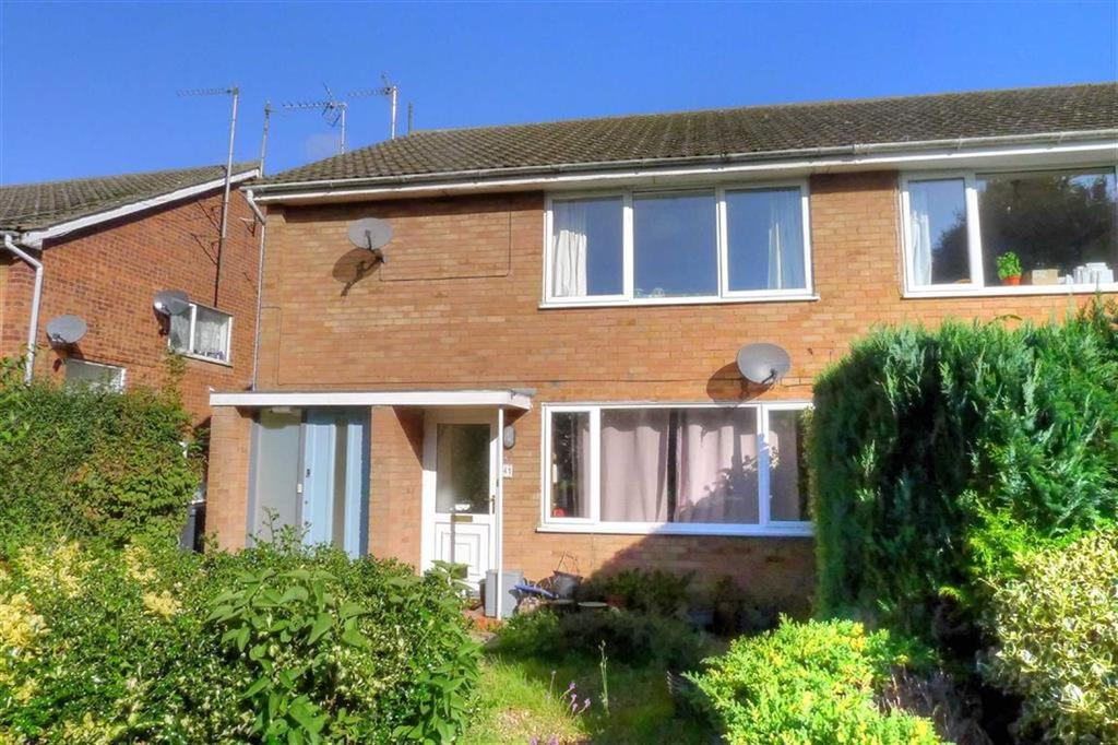 2 Bedrooms Flat for sale in Hillfield Road, Comberton, Cambridge