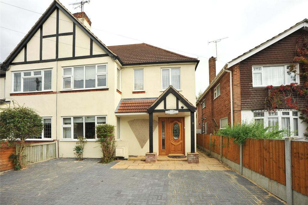 5 Bedrooms Semi Detached House for sale in Oakwood Avenue, Hutton, Brentwood, Essex, CM13
