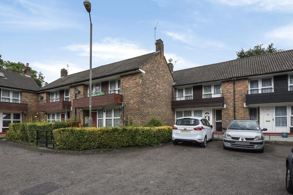 3 Bedrooms Terraced House for sale in Littlecote Close, Southfields