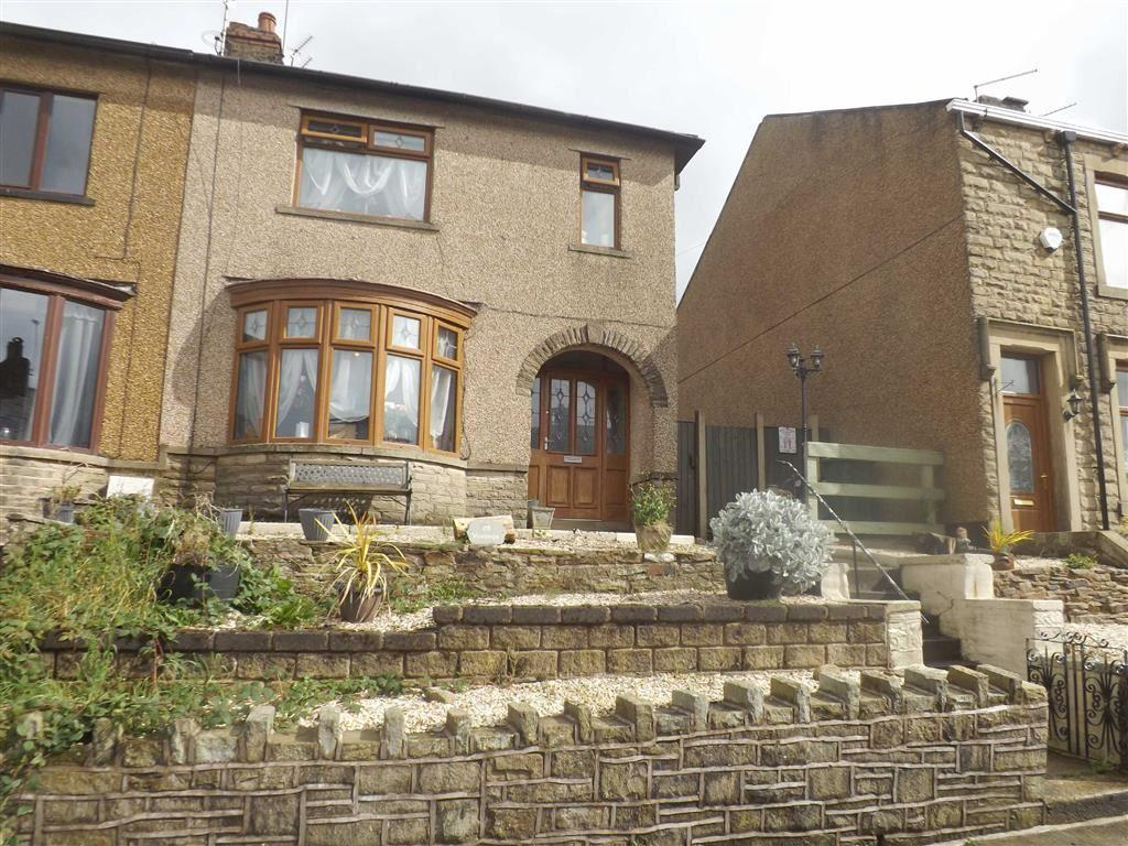 3 Bedrooms Semi Detached House for sale in Barnfield Street, Accrington