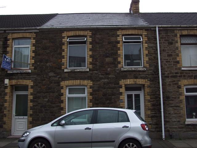 2 Bedrooms Terraced House for sale in 15 St Mary Street, Aberavon