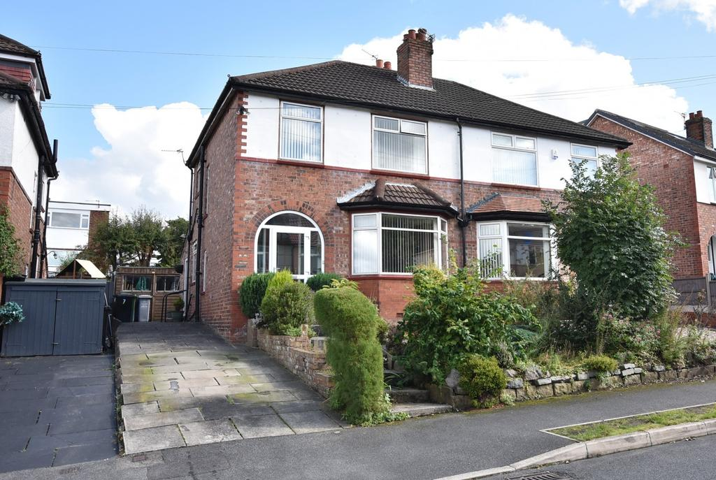 3 Bedrooms Semi Detached House for sale in Hale Low Road, Hale