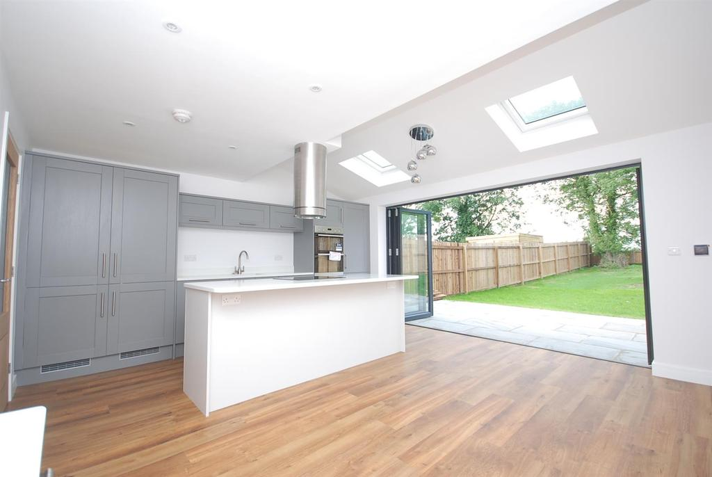 3 Bedrooms Detached House for sale in Belvoir Avenue, Ab Kettleby, Melton Mowbray