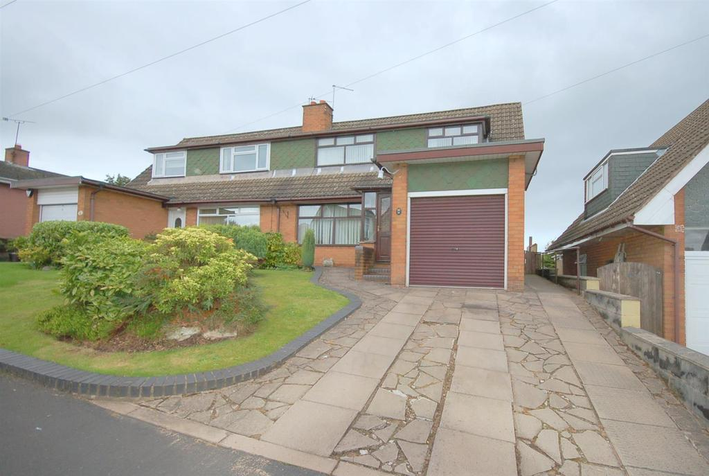 3 Bedrooms Semi Detached House for sale in Birch Road, Bignall End