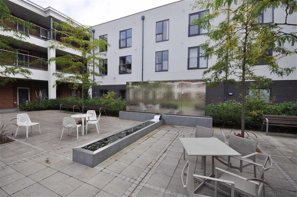 1 Bedroom Flat for sale in Queensway Court, Leamington Spa