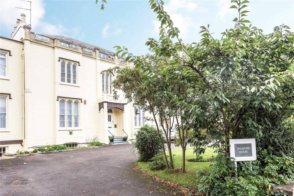 3 Bedrooms Flat for sale in Treaford House, 54 Lansdown Road, Cheltenham, Gloucestershire, GL51