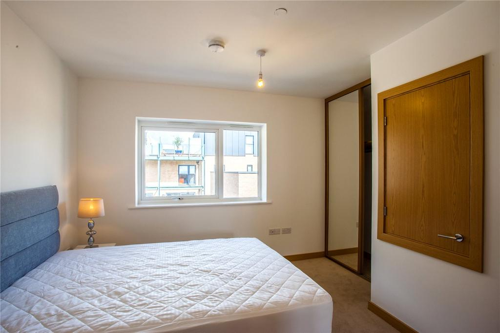 Flamsteed Close Cambridge Cb1 2 Bed Flat 163 450 000