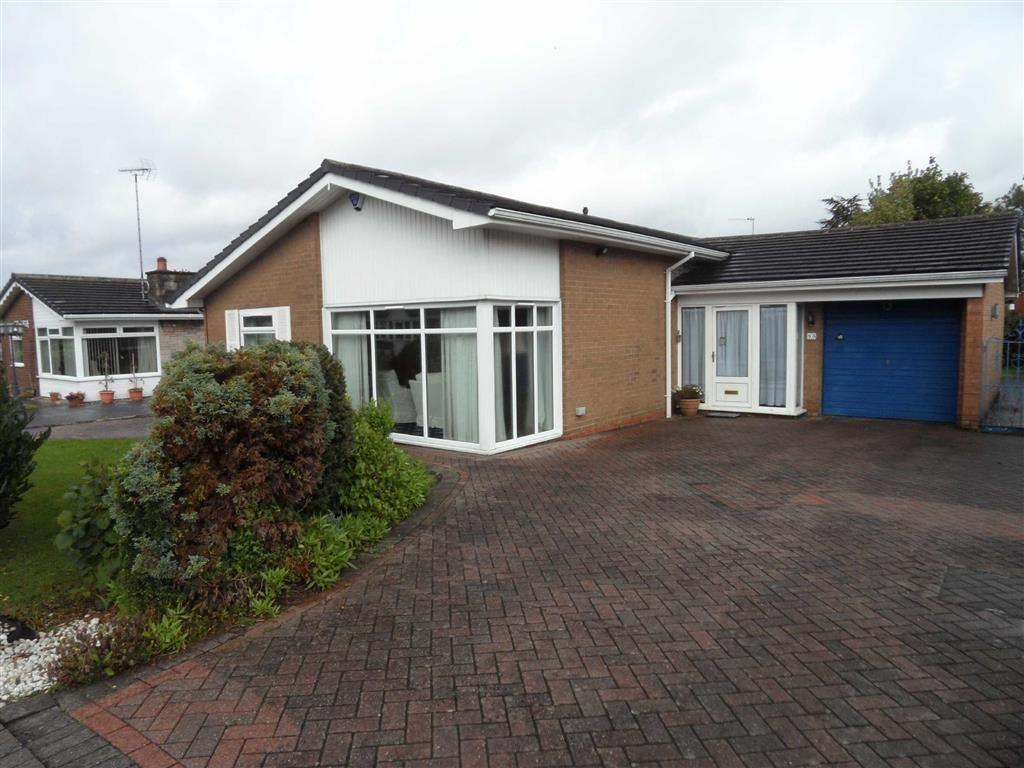 3 Bedrooms Detached Bungalow for sale in Gleneagles Road, Heald Green