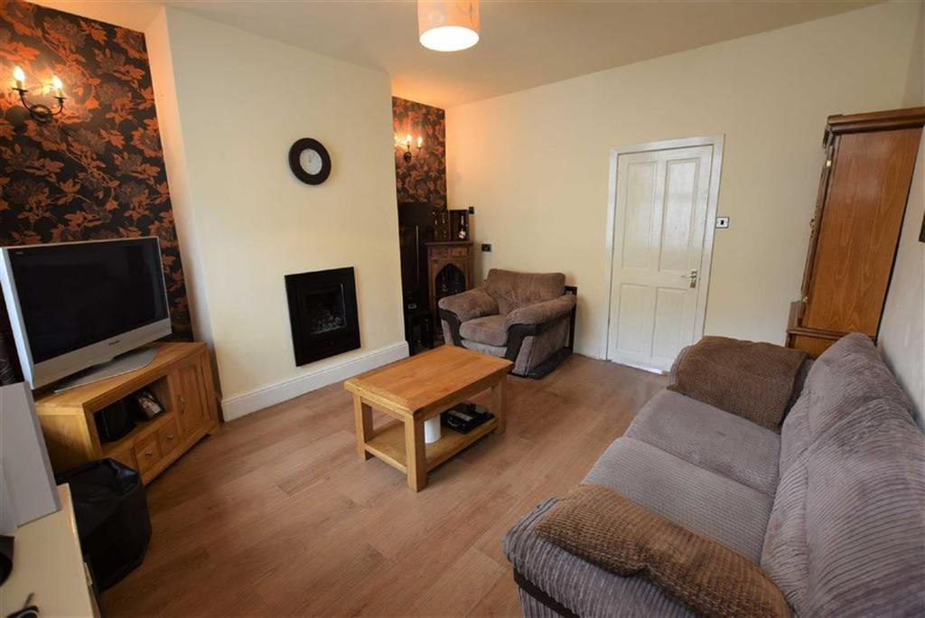 2 Bedrooms Terraced House for sale in Mason Street, Colne, Lancashire