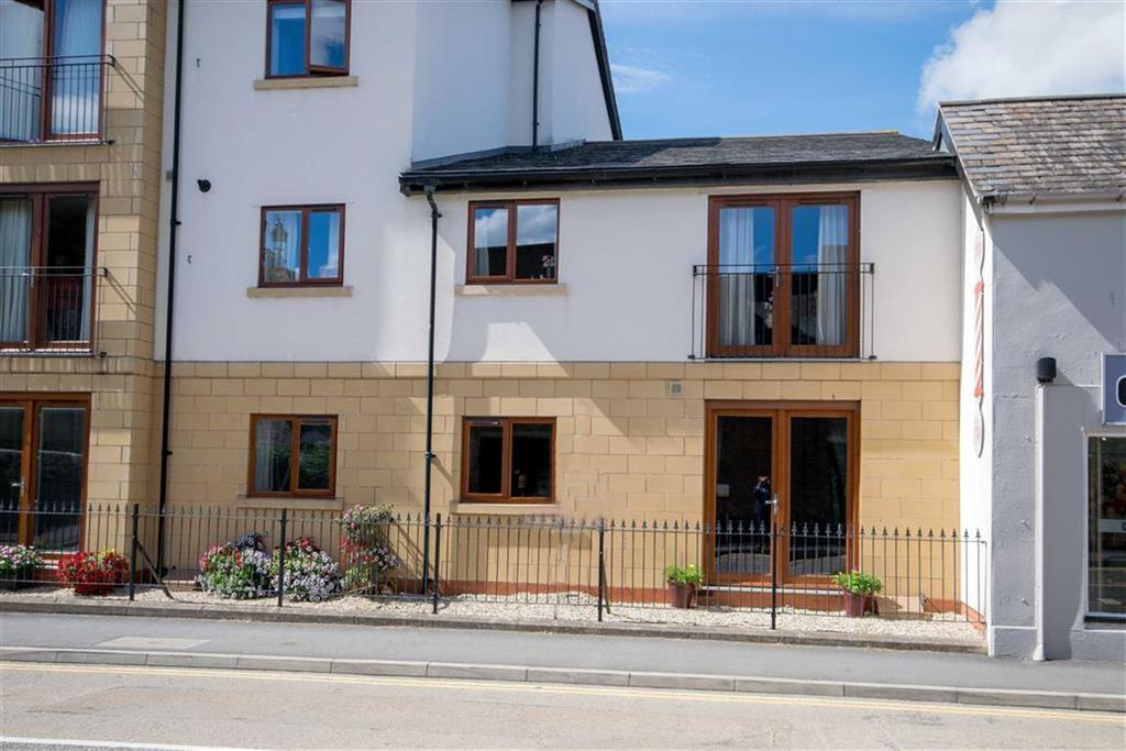 1 Bedroom Flat for sale in New Street, Mold