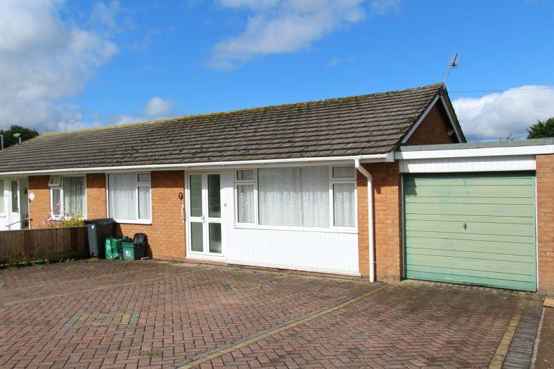 2 Bedrooms Semi Detached Bungalow for sale in WARWICK CLOSE, FENITON