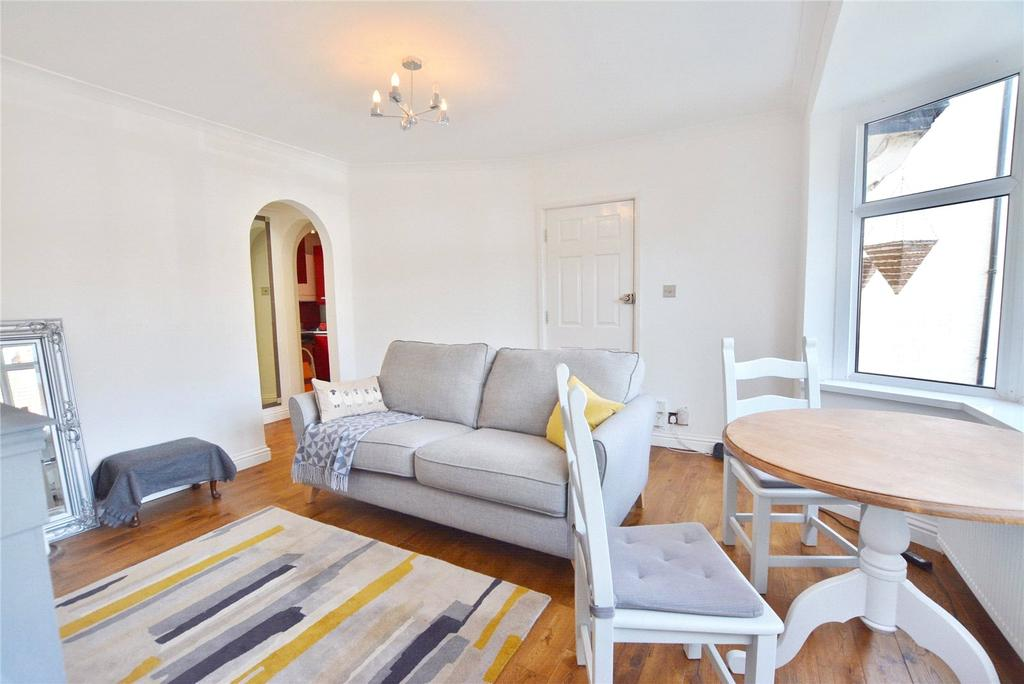 1 Bedroom Maisonette Flat for sale in Melbourne Road, Bushey, Hertfordshire, WD23